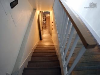 산울림소극장 내부 지하 계단